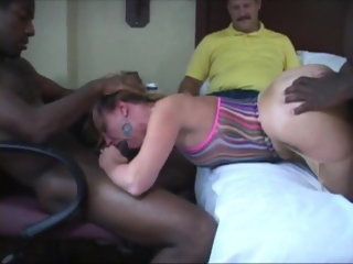 amateur My Cuckold Hubby Cleans Messy Creampies - PREVIEW creampie