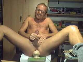 lehtinen HARRI LEHTINEN WANKING HIS COCK WITH A HUGE KONG TOY DEEP IN HIS MANPUSSY! cock