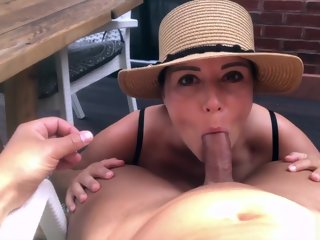 sexy Sexy Brunette makes her Boyfriend Cum after a Titsfuck makes