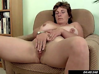 fingering 42 yo Busty Mom Miroslava Fingering At Home milf