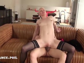 france La France A Poil - Casting Couch Of A Sexy 36 Yo Short casting