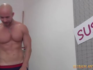 guy Susan Ayn - Casting Of A Muscular Guy ayn