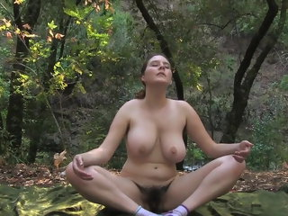 amateur Nude yoga in nature flashing
