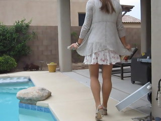 amateur (shemale) Windy Upskirt Crossdresser lingerie (shemale)