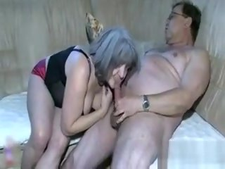 straight Nasty Mature Slut Gets Horny granny