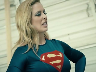 milf Supergirl Advantage catfight