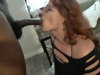 american (shemale) Amanda Coxlut and 11 inch BBC shemale suck (shemale)
