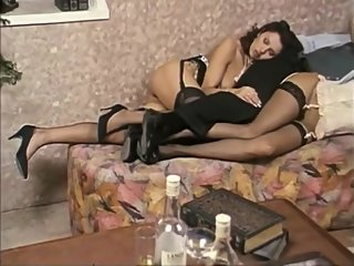 valli Hottest Porn Video Vintage Just For You - Deborah Wells, Clarissa Bruni And Simona Valli bruni